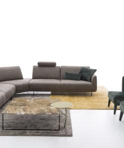 Италиански модулен диван модел Assago от Arreda Casa, производител Nicoline