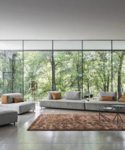 луксозен италиански модулен диван модел Bresso от фабрика Nicoline