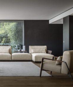 Луксозно италианско кресло модел Luis фабрика Nicoline